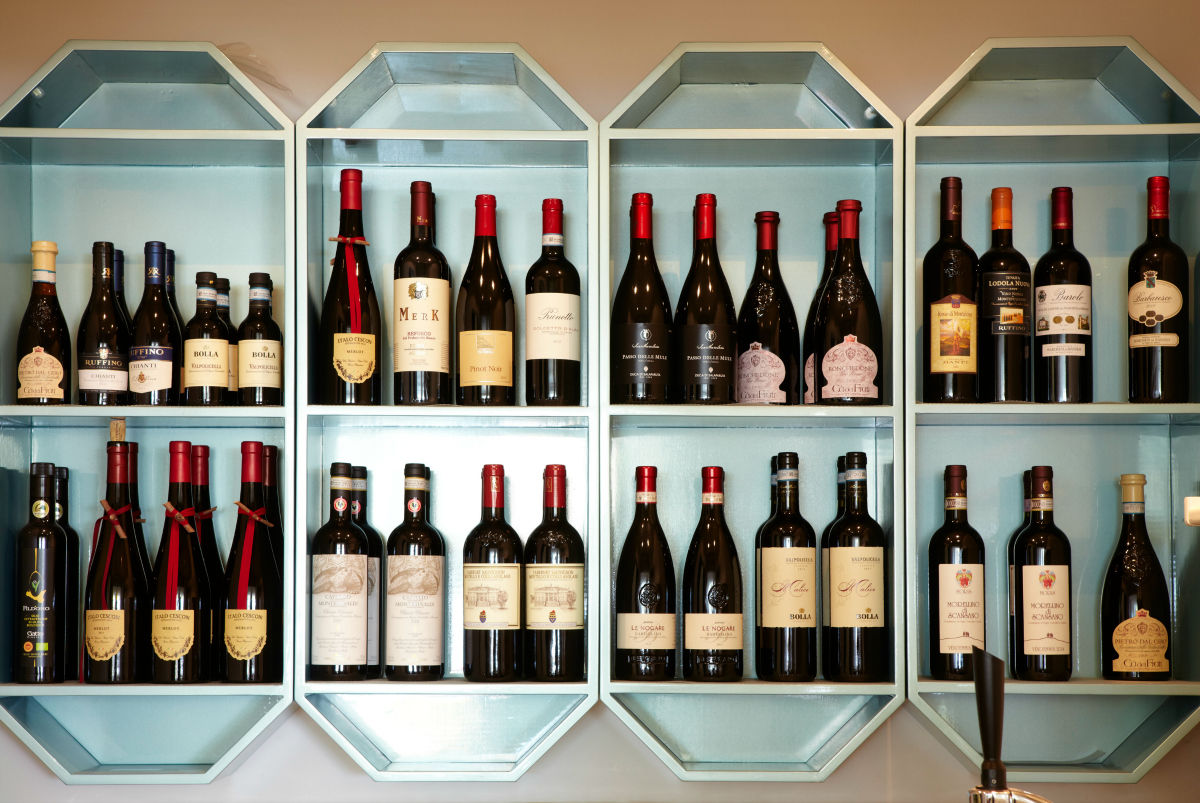 The cellar with Italians wine. A large choise of wines at the restaurant.