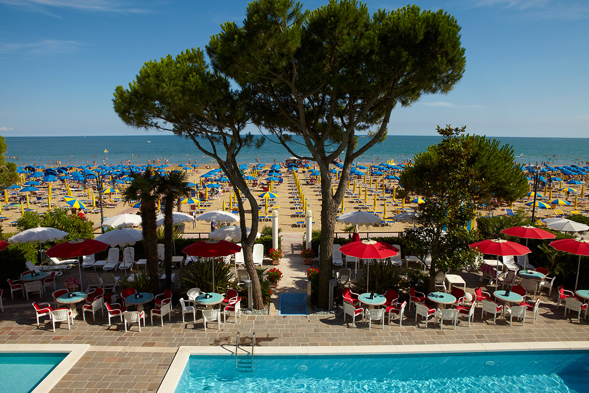 View from the terrace on the top floor termini beach hotel di Jesolo