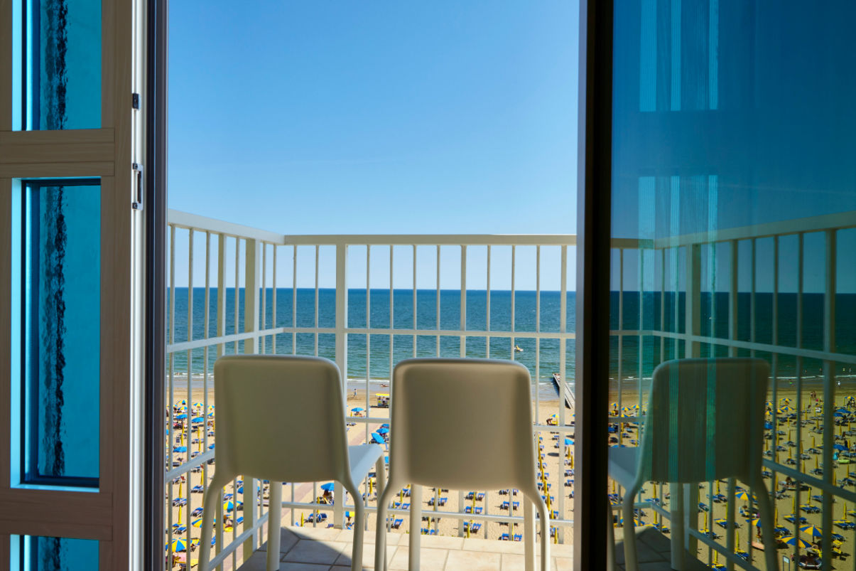 See view from the Superior Adria Room of the Termini beach hotel Jesolo. A direct sea view.
